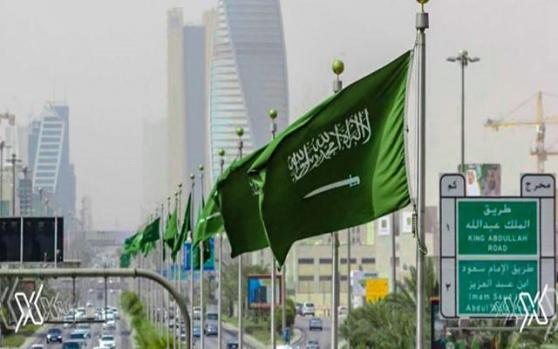 国际油价走强,因沙特意外做出新的减产承诺;但市场觉得,此举有拍马屁之嫌