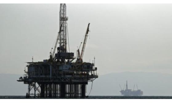 FED悲观看待经济前景,冒险情绪骤降,美油下跌逾4%;油市乌云何时散尽,只须关注一点
