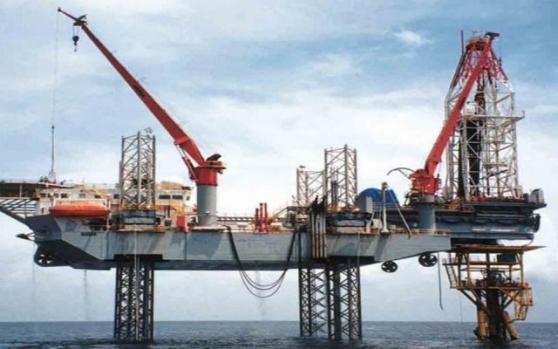"""国际油价走强,""""风神""""发威,墨西哥湾逾半数产能停摆;但多头更不愿看到的事正在发生"""
