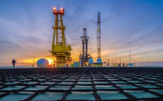 国际油价料周线二连阳,因越来越多的国家放松管控;但有数据表明油企处境仍然艰困